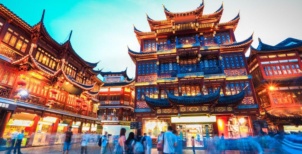 Visite los famosos jardines del Yu Yuan en Shanghai