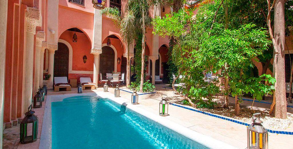 El hotel Le Perroquet Bleu Suites & Spa garantiza una estancia excepcional