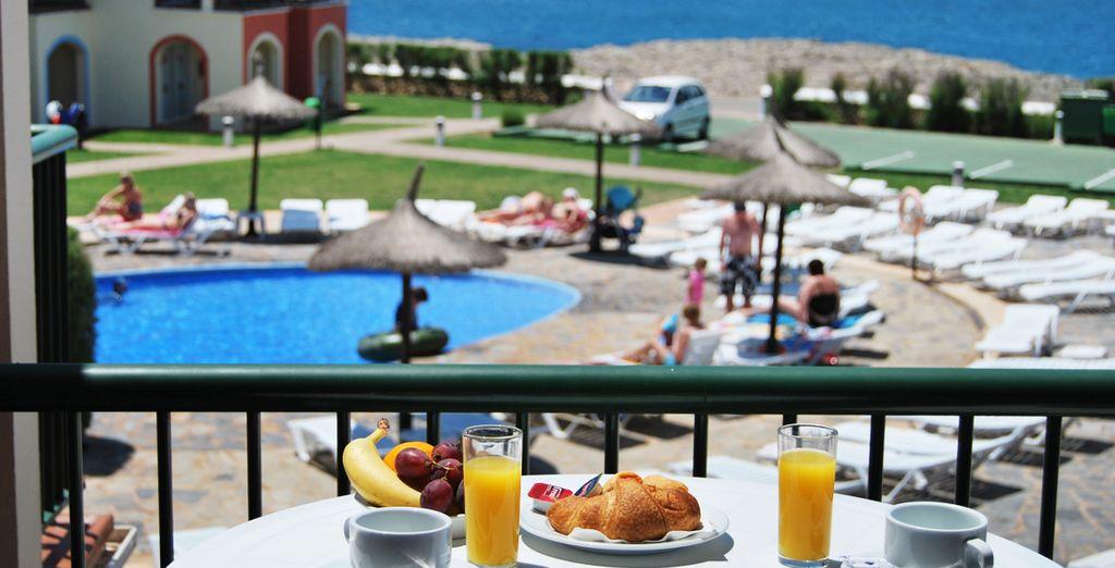 Comience bien su día con un completo desayuno