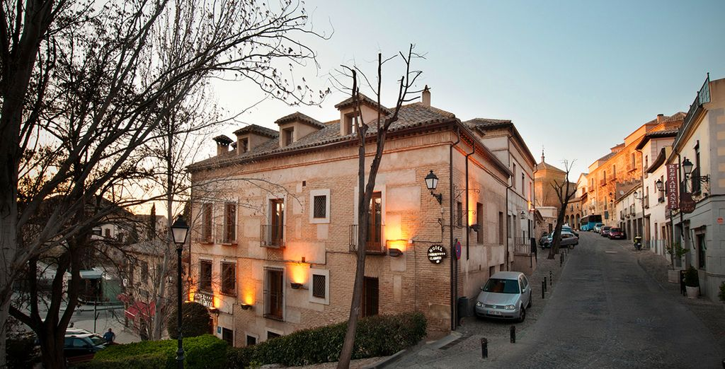 Situado en pleno centro histórico de la ciudad de Toledo