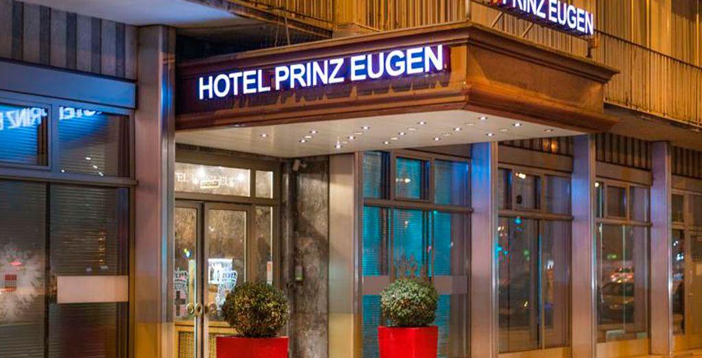 Prinz Eugen 4*, Viena