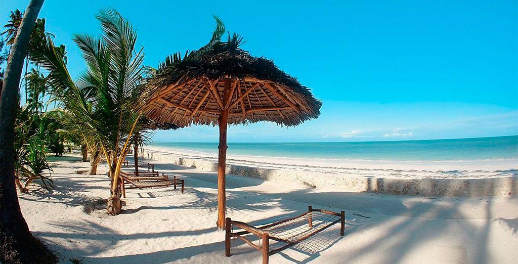 El Uroa Bay Beach Resort se encuentra en una playa privada