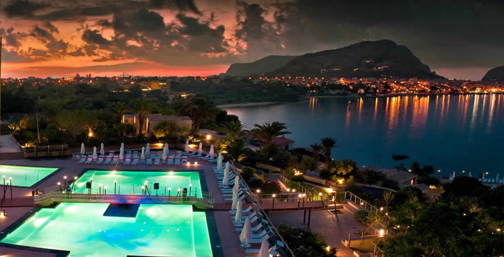 Un maravilloso hotel al borde del mar