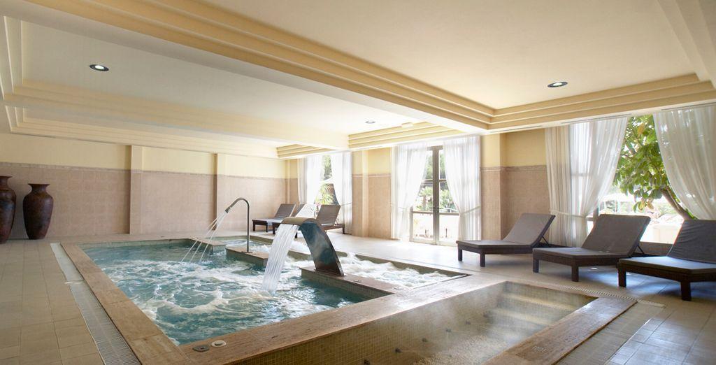Disfrute de una excelente zona de relax en el Balneum Spa & Wellness Center