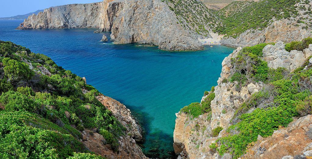 Cerdeña, donde se junta el verde de la vegetación con el azul del mar