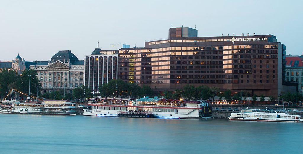 InterContinental Budapest a orillas del río