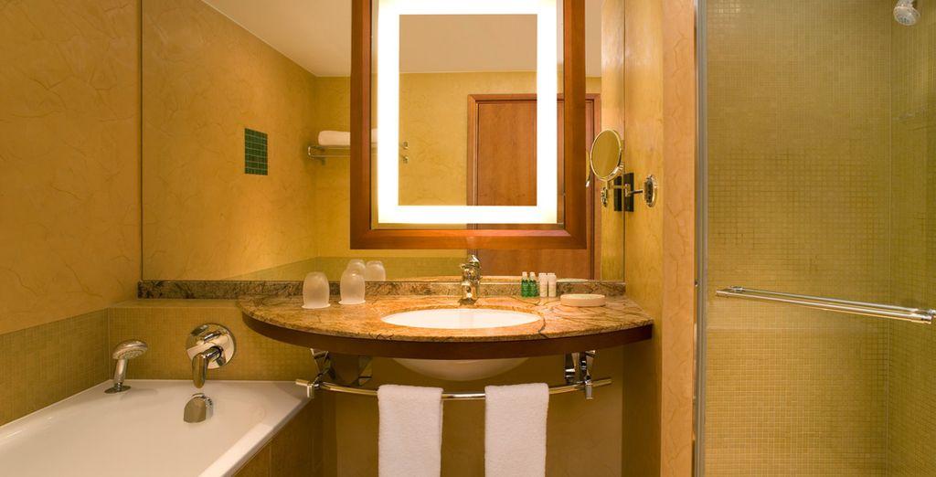 Con un completo baño privado
