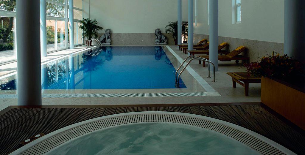 Si hace frío, disfruta de la piscina interior