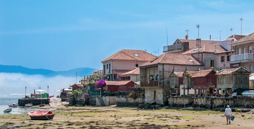 Visita el típico pueblo gallego, Combarro