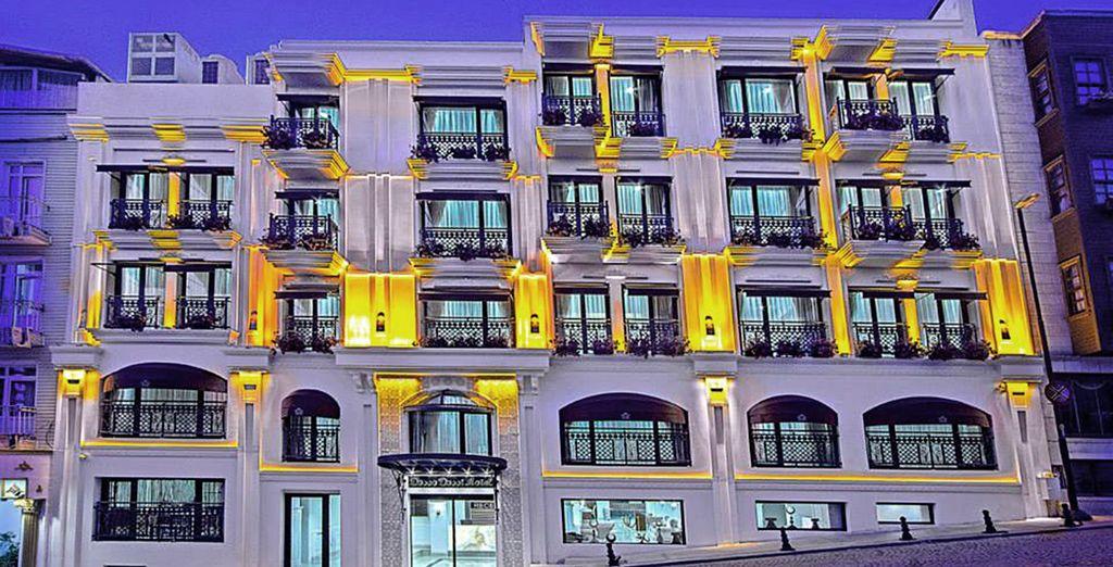 Bienvenido a Hotel Dosso Dossi Old City 4* situado en el casco histórico de Estambul