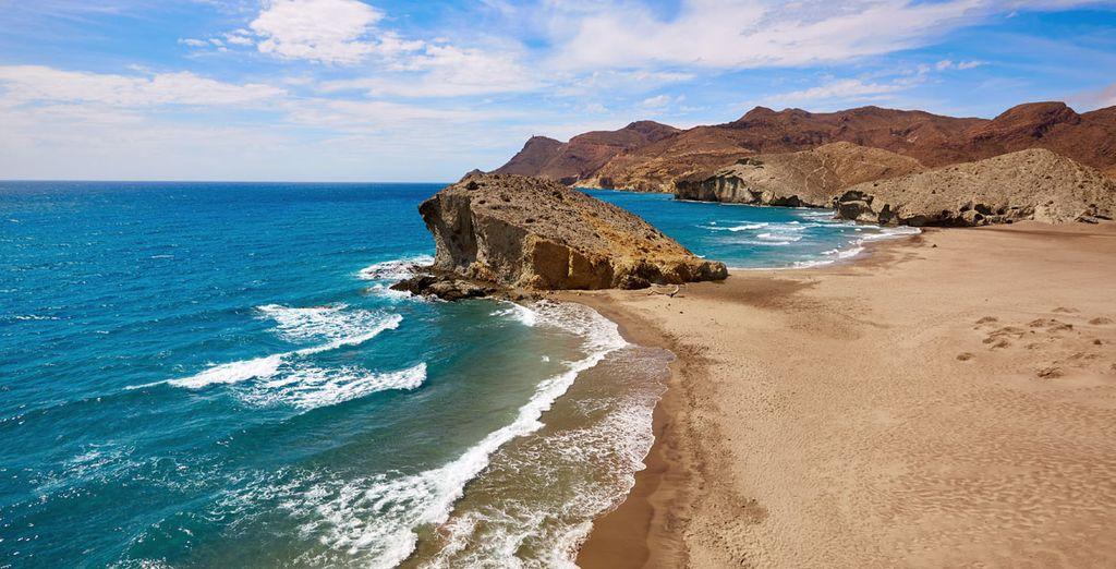 Cabo de Gata y sus playas te esperan para tu escapada de relax