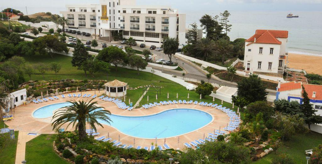 Su privilegiada ubicación y las muchas actividades que ofrece, lo convierten en un lugar perfecto para relajarse