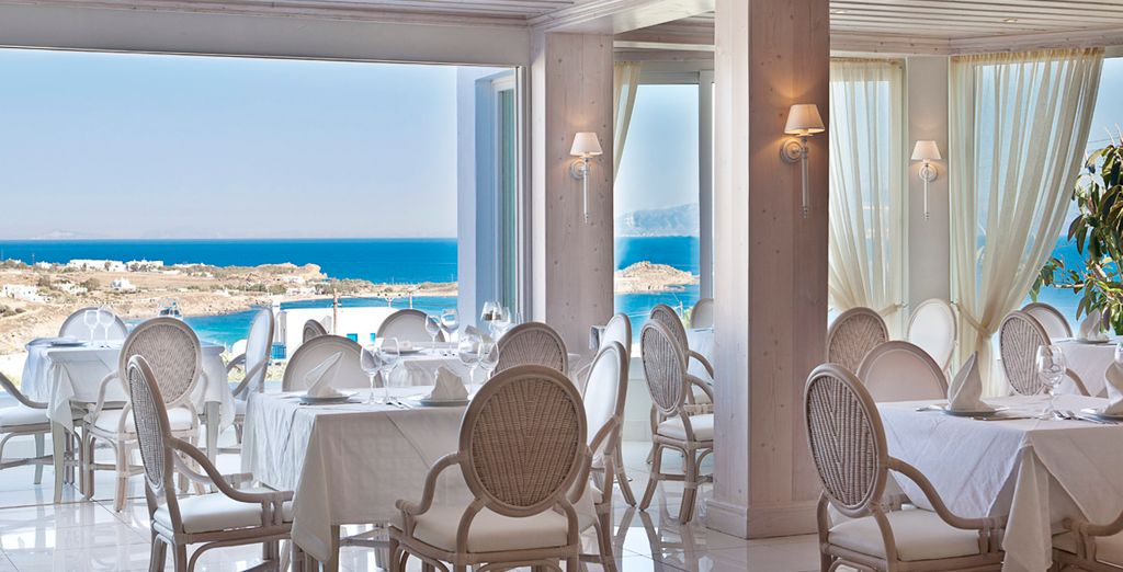 La brisa del mar te acompañará en todos los rincones del hotel