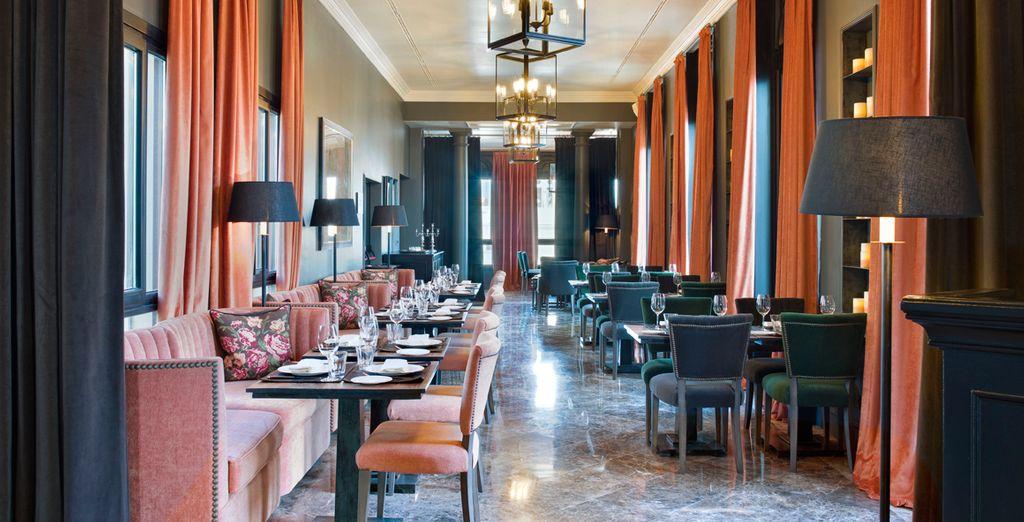 La gastronomía del hotel viene firmada por Ramón Freixa, chef 2 estrellas Michelin
