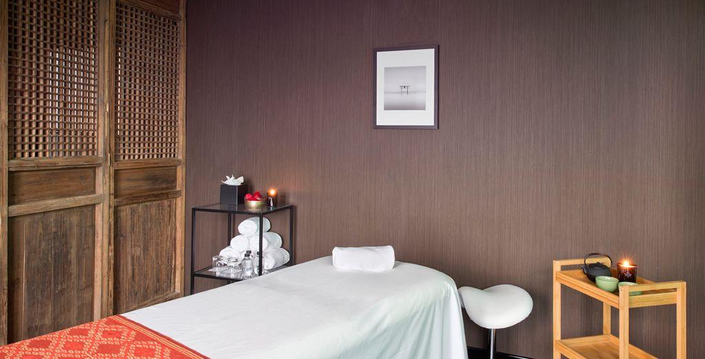 El hotel propone una sala privada para masajes donde disfrutar del máximo bienestar