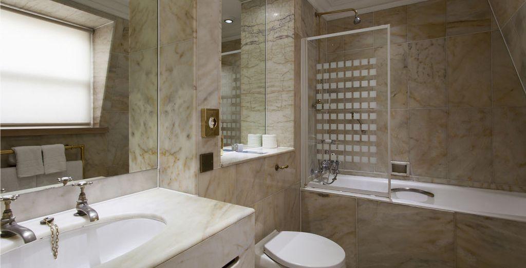 Todas las habitaciones cuentan con un completo baño privado
