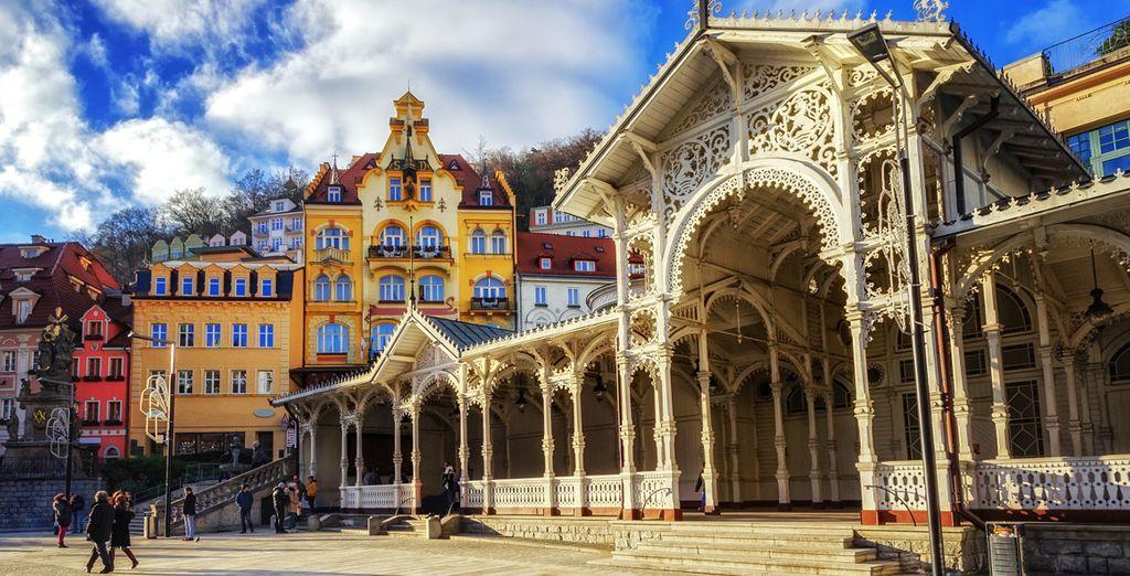 Podrás apreciar el ambiente «retro» del antiguo Karlsbad