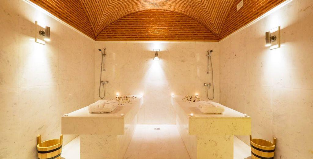 El hotel cuenta con un centro de spa...