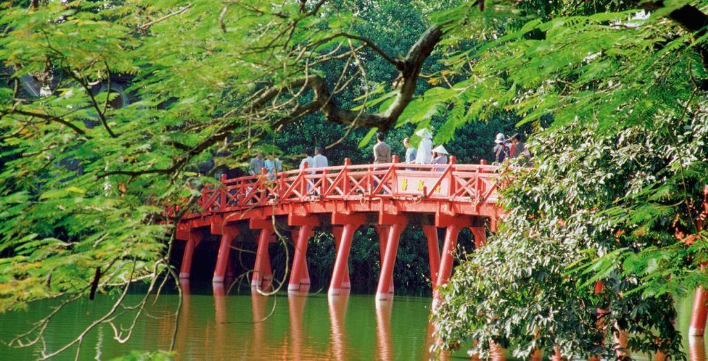 Hanói será tu primer destino