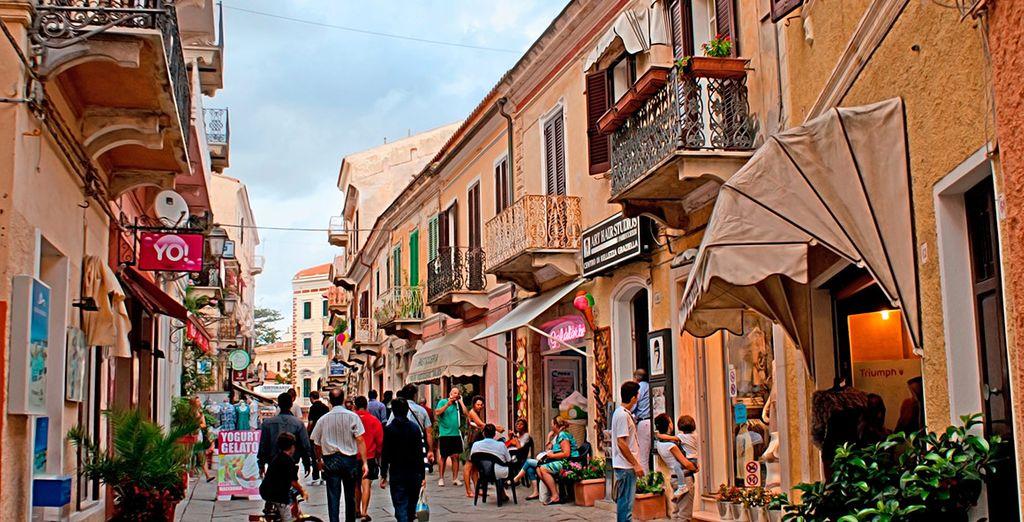Pasea por las calles de La Maddalena