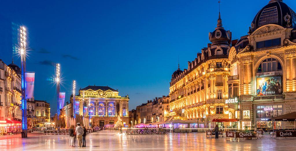 Place de la Comédie, la plaza abierta más grande de Europa