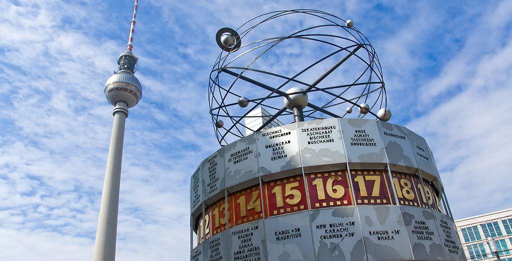 Descubrirás lugares emblemáticos como la torre de televisión de la RDA
