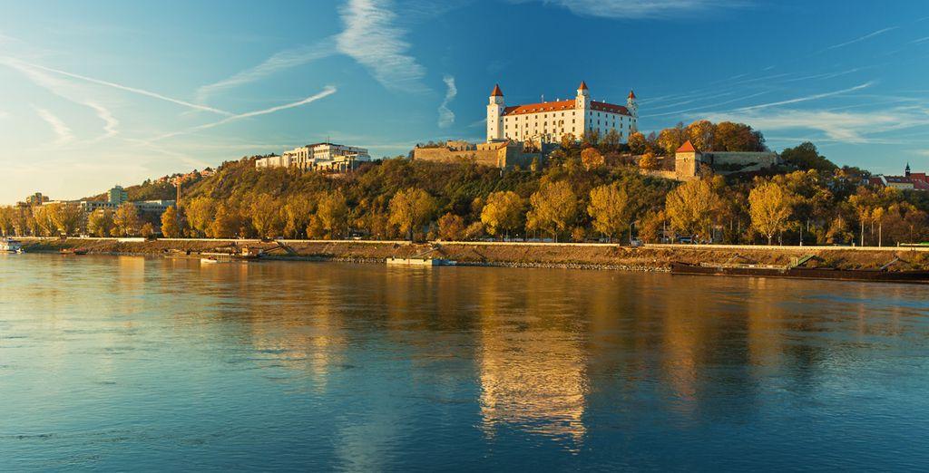 Desde el antiguo castillo disfrutaréis de una vista espléndida del Danubio