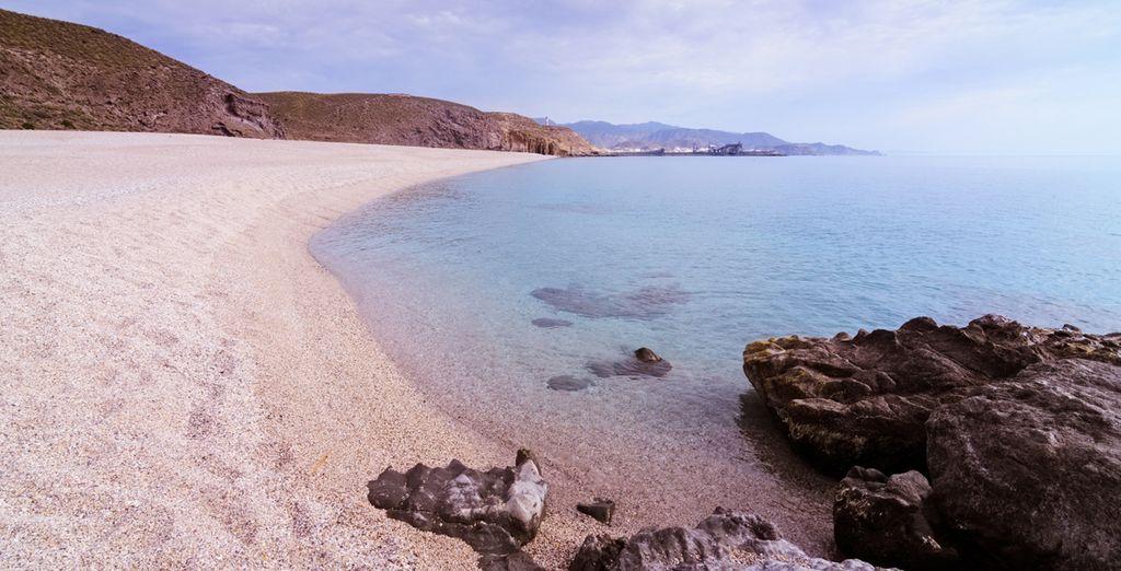 Pasea por sus maravillosas playas