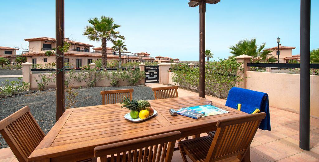 Disfruta de tu terraza y jardín privados