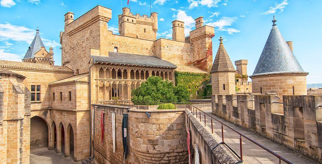 Visita el Palacio Real de Olite, uno de los más lujosos y conservados de Europa
