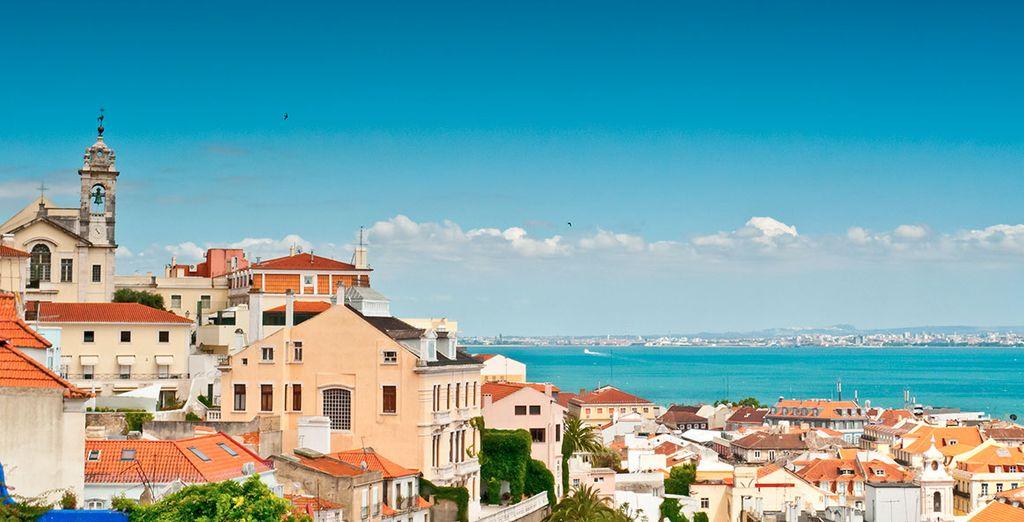 Aprovecha para reservar tu coche de alquiler en Lisboa, y conocer la geografía portuguesa
