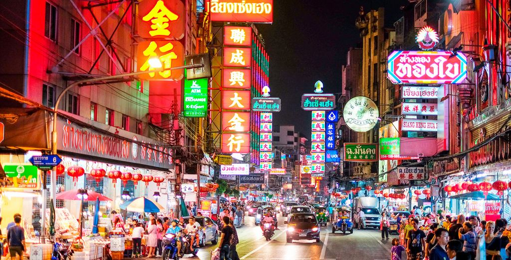 Pasea por las calles de Chinatown