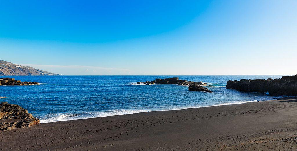 A sólo 300 metros de la conocida Playa de Los Cancajos