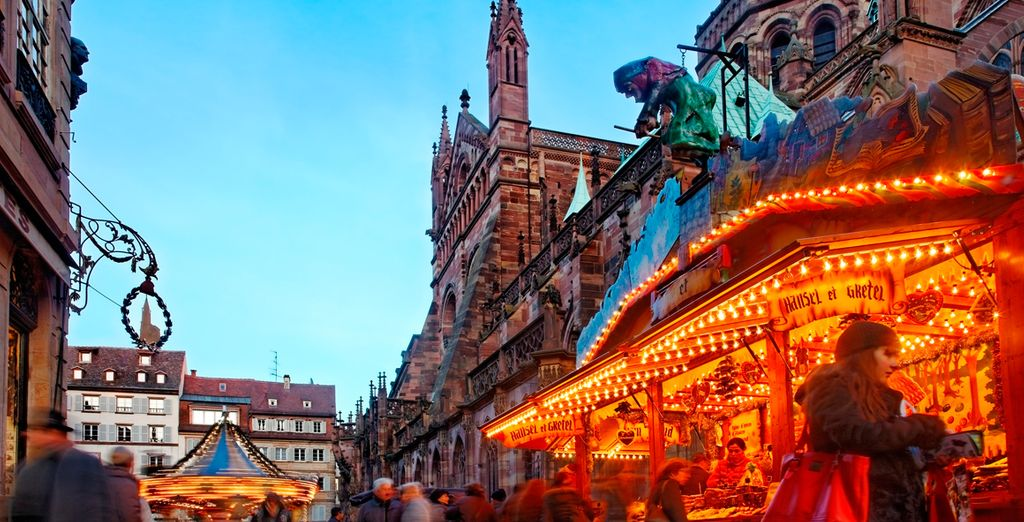 La ciudad también es famosa por tener el mercado de Navidad más antiguo de Francia
