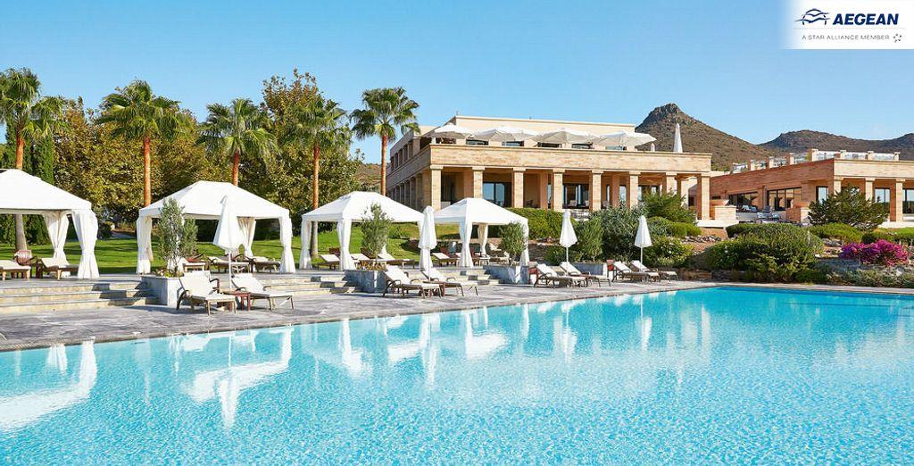 Grecotel Exclusive Resort 5* te da la bienvenida