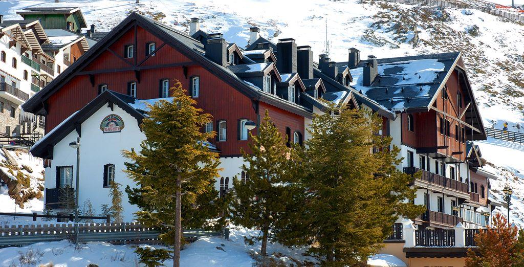 El único hotel 5* en el corazón de Sierra Nevada