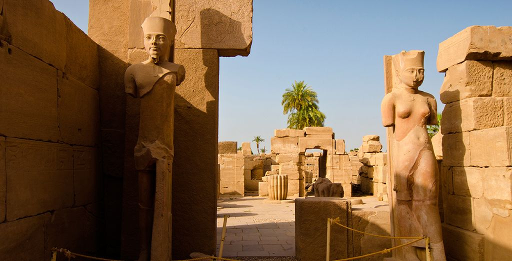 El templo de Karnak, una ciudad fortificada...