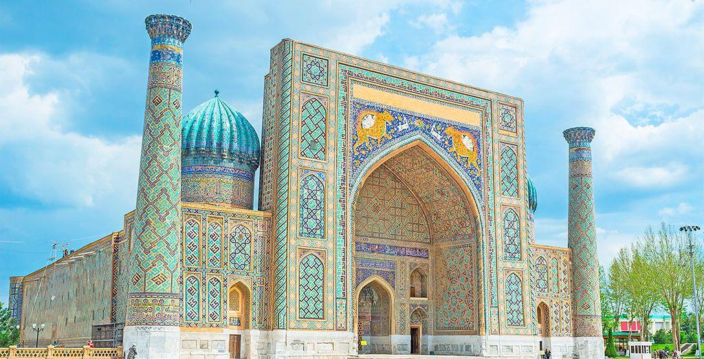 Recorrerás lo mejor de Uzbekistán en un circuito guiado