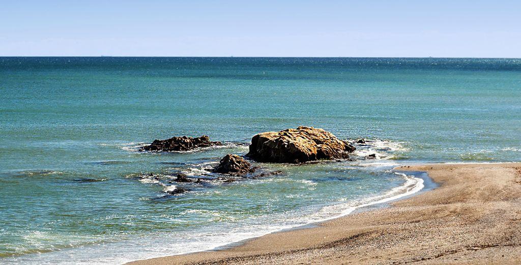 Estepona, con una situación privilegiada a orillas del mar Mediterráneo