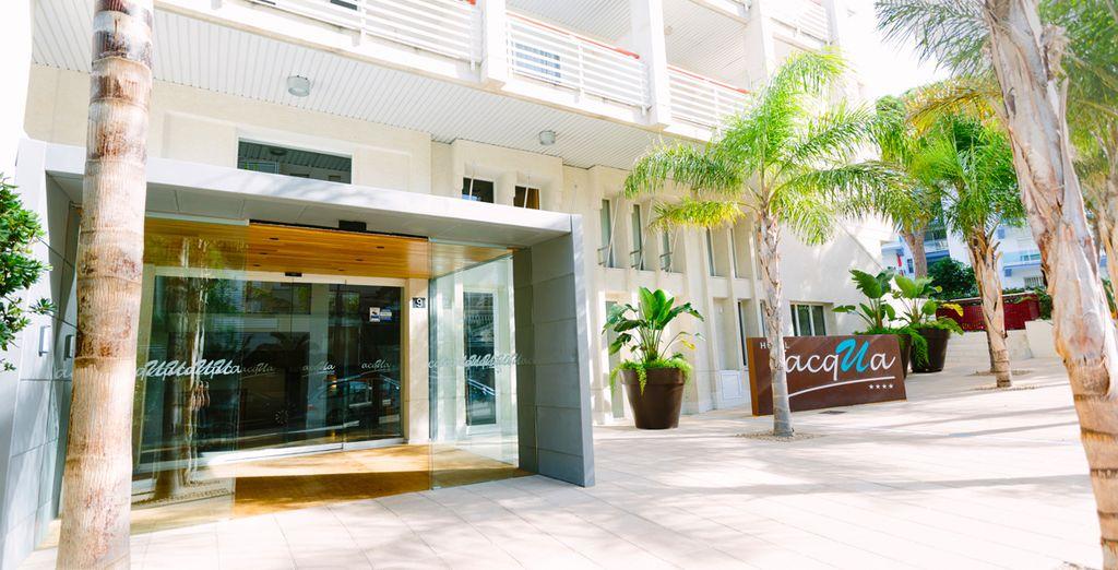 Bienvenido al Acqua Hotel Salou 4*