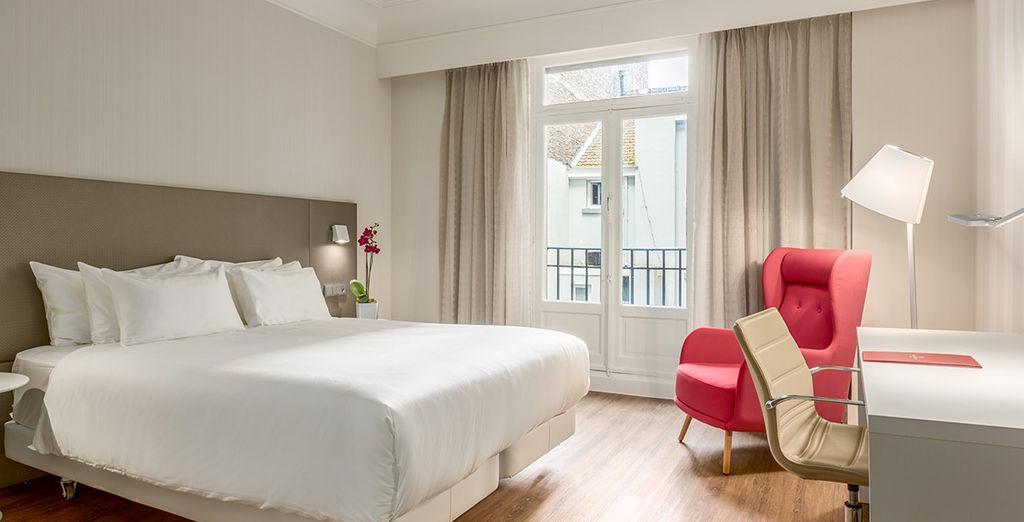 Descansa en una habitación Premium  durante tu viaje a Bruselas