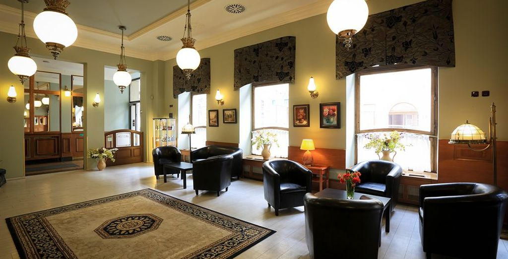 Bienvenido al Ariston & Ariston Patio Hotel 4* en Praga