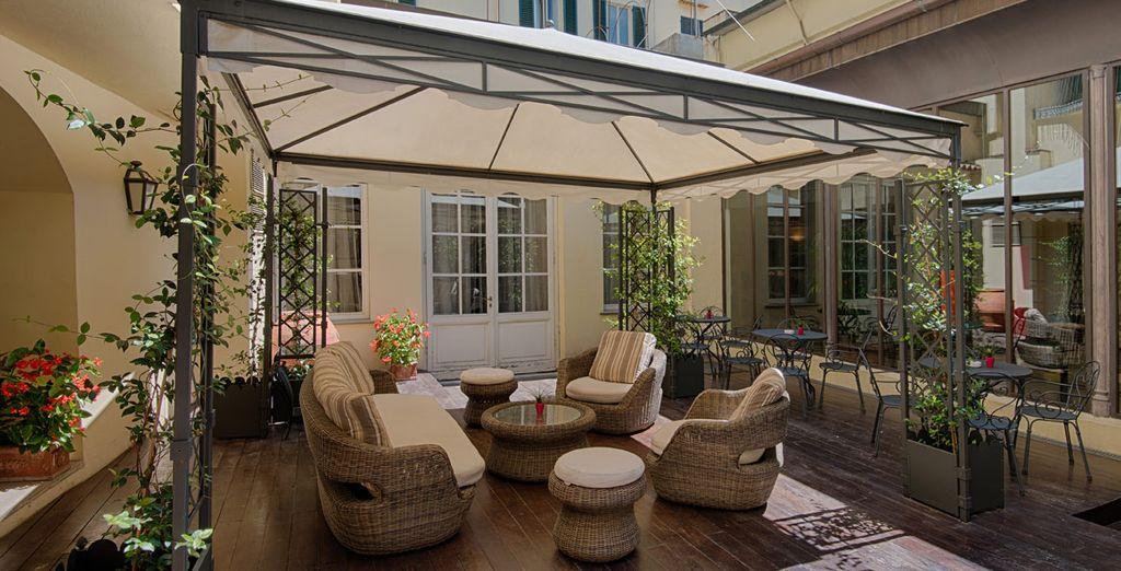 Cuenta con espacios ideales para disfrutar del buen tiempo después de un día de turismo