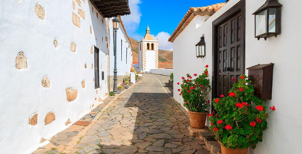 Recorre las encantadoras calles de la isla