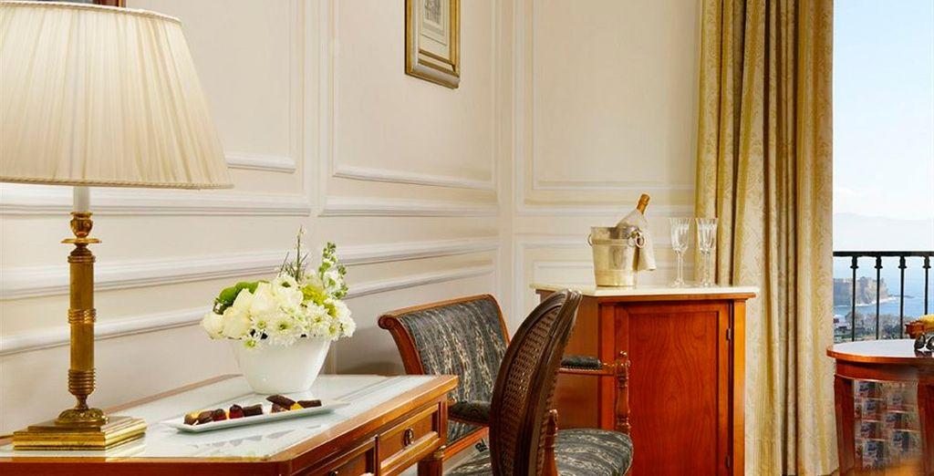 Te recibiremos con pastas napolitanas típicas en tu habitación