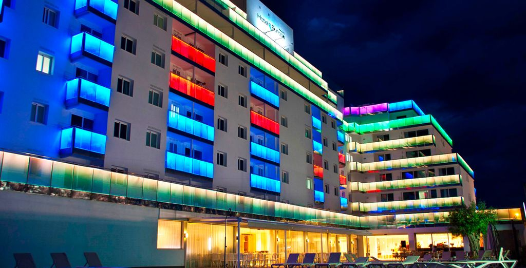 Un hotel moderno y acogedor
