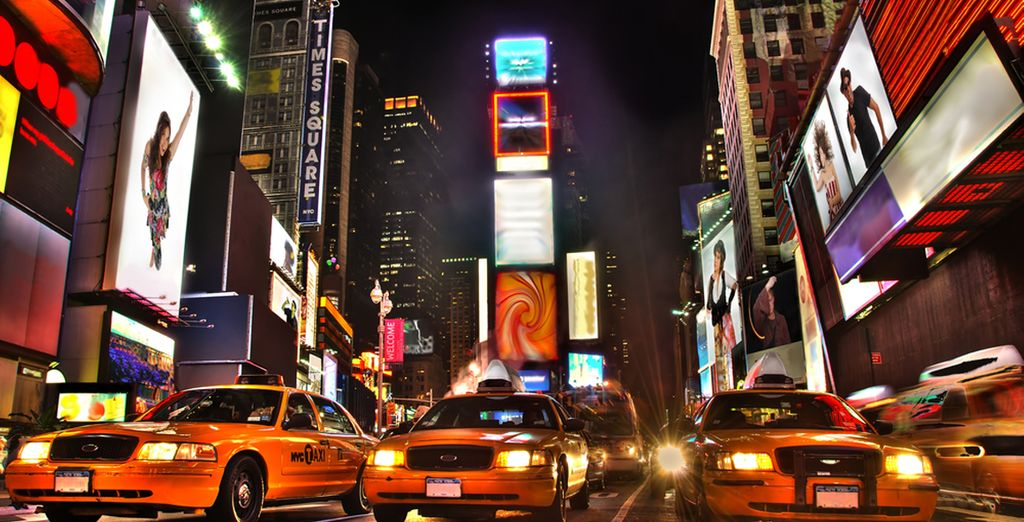 Asiste a un musical en Broadway, pasa una noche en Times Square, disfruta de una tarde de compras en la Quinta Avenida