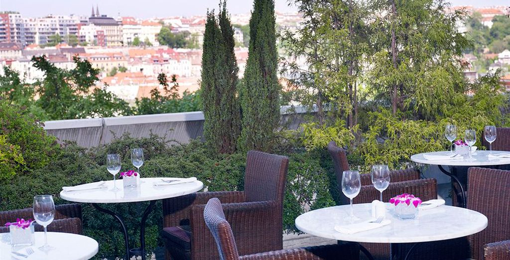 Disfruta de la terraza
