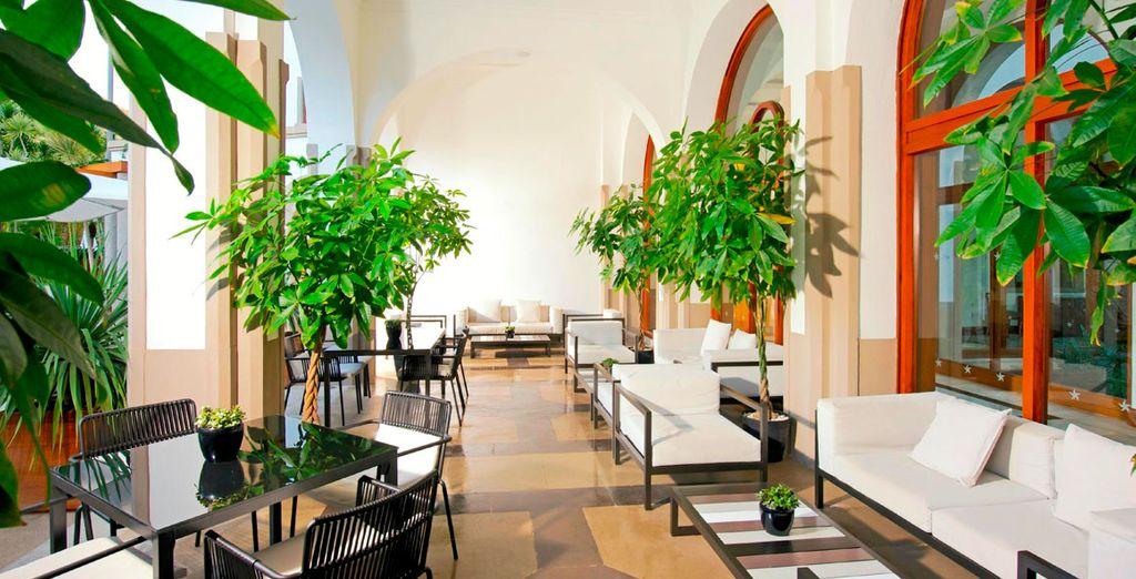 Interiores modernos que invitan al relax