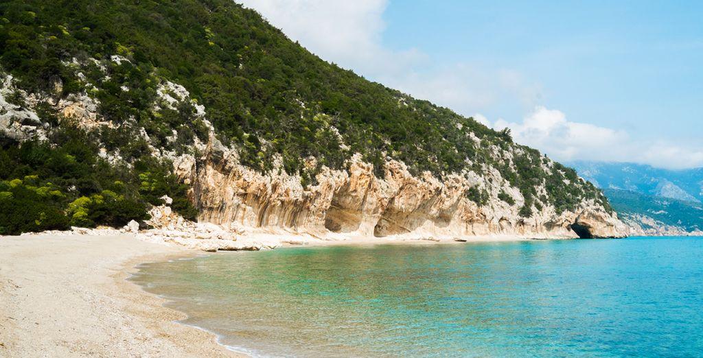 Cala Luna, una de las playas más famosas de toda Cerdeña